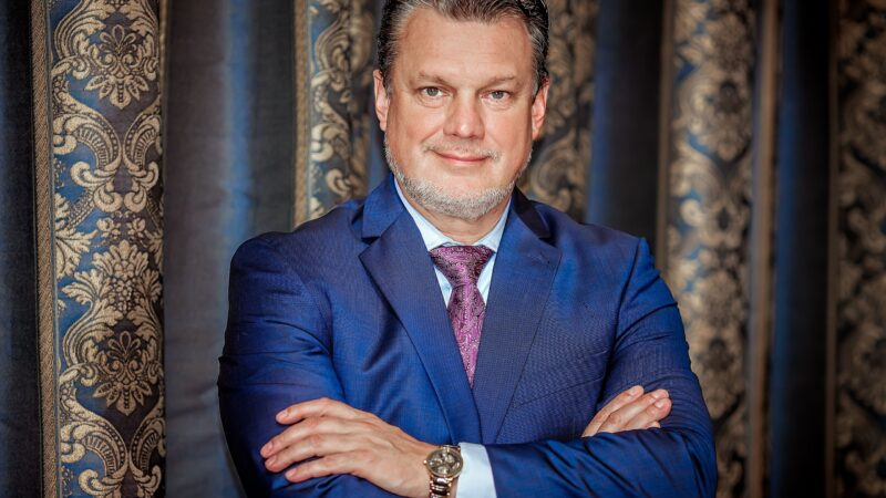 Artificial intelligence in business and MLM read more in Vedomosti
