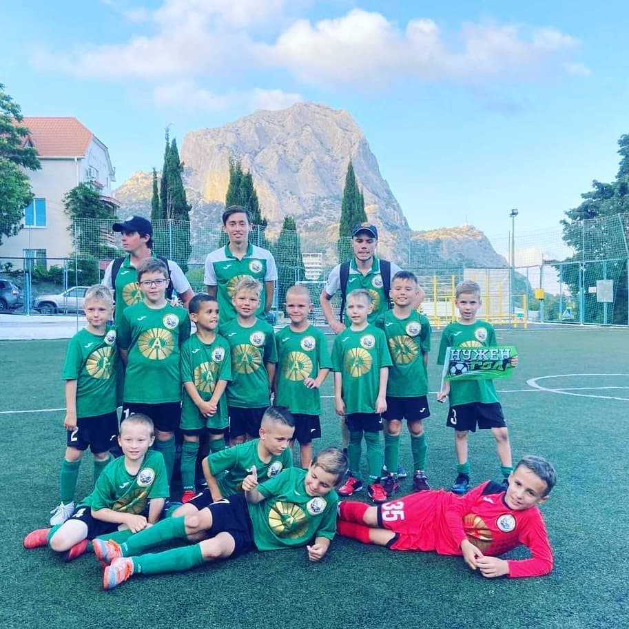 A team of young footballers under the auspices of Andrei Khovratov